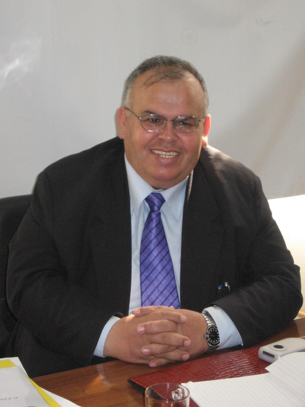 Abdelaziz M Thabet